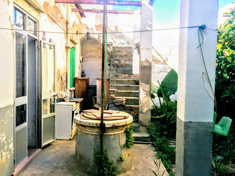 Edificio  Calle gabriel font i martorell. En pleno centro de palma, reforma a tu gusto y necesidades!!