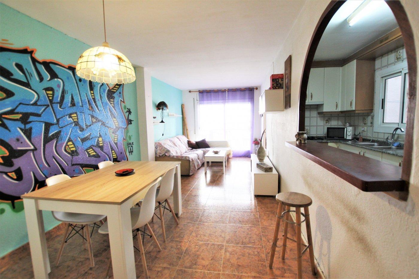 Appartement  El vendrell ,el tancat. Piso de 4 habitaciones en el tancat.
