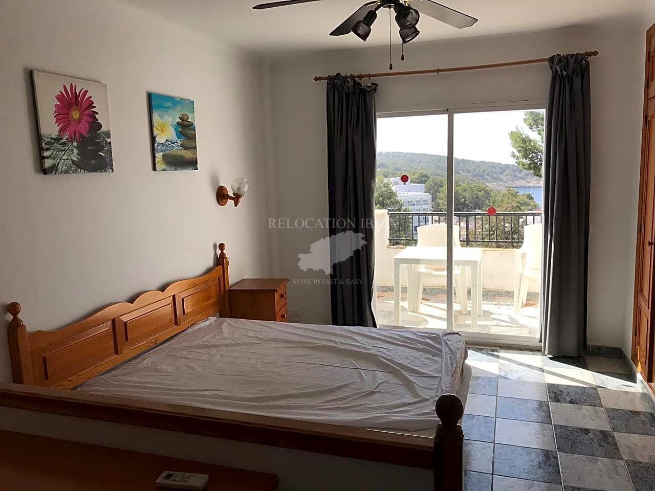 Flat  Calle carrer de sa descuberta. Consigue tu piso en la playa!!  se vende cómodo estudio en seg
