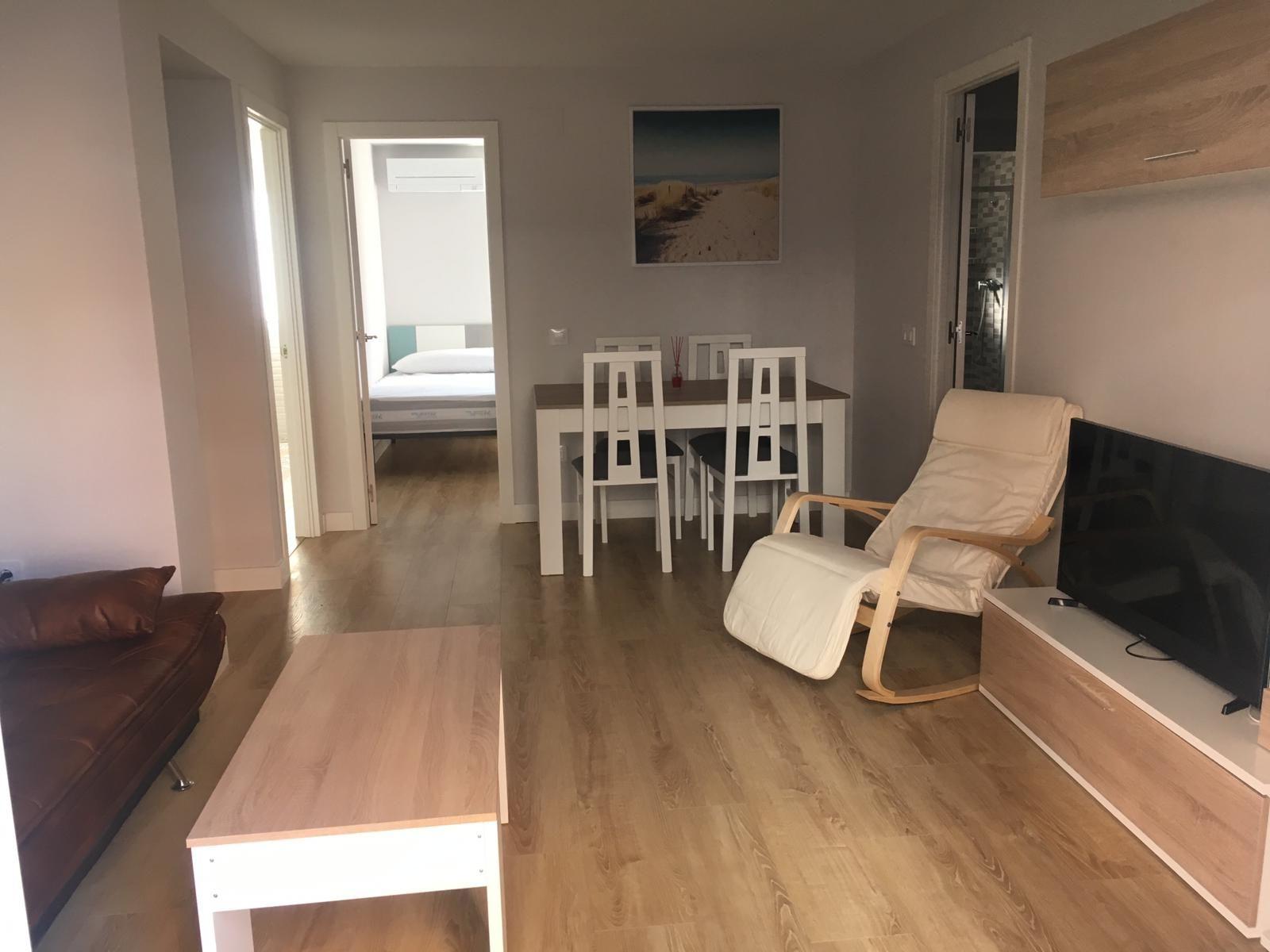 Rent Flat in Alfara del Patriarca. 250€/habitación se abren reservas para curso 2020/2021***4habita