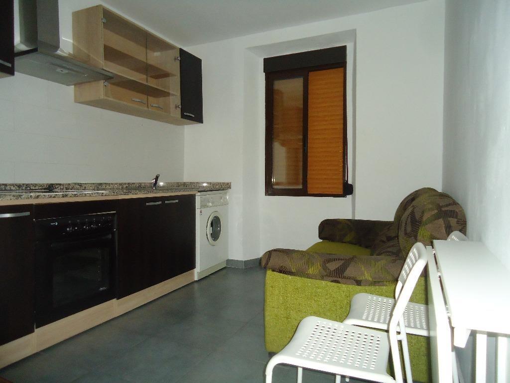 Alquiler Piso  Ayuntamiento. Alquila estudio junto al ayuntamiento de ibi. amueblado. cerca d