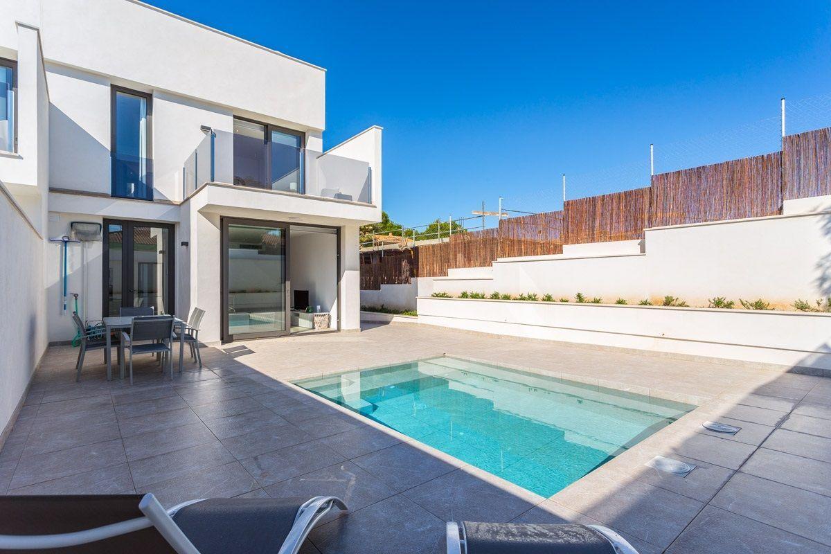 Alquiler Casa en Santa Margalida. Adosado en alquiler en son baulo, 225 m2, 3 dormitorios, 3 baños