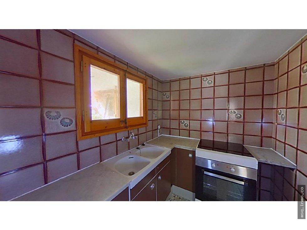 Casa  Carrer orient. 681-252 riu  de cerdanya