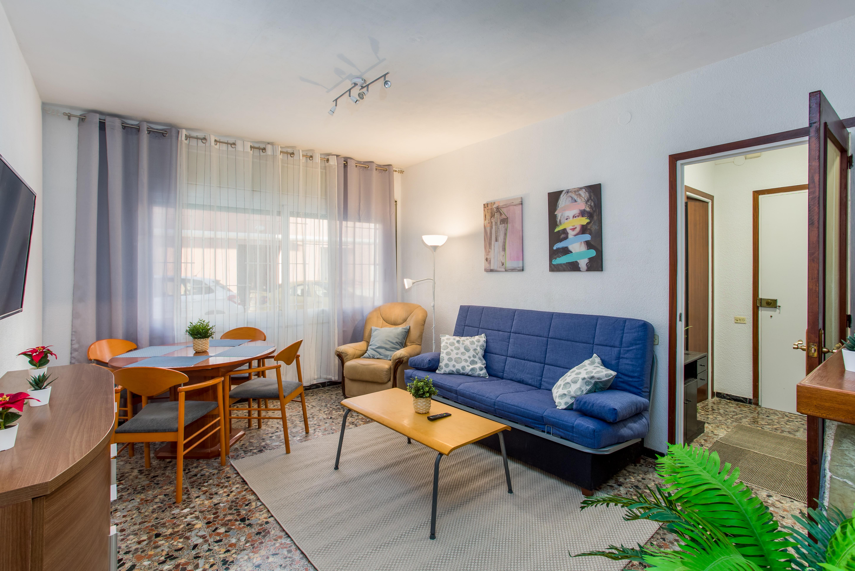 Lloguer Pis  Carrer santa gemma. Apartamento equipado en la costa de barcelona. ubicación excelen