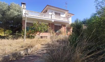 Viviendas y casas en venta con piscina en Sant Joan de Moró