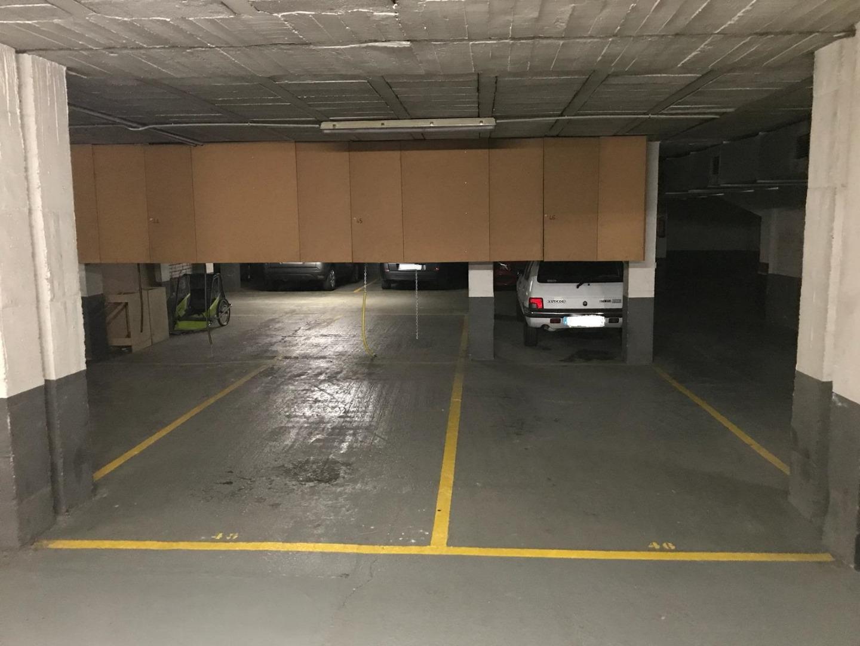 Rent Car parking  Carrer enric d'ossó cervelló, 13