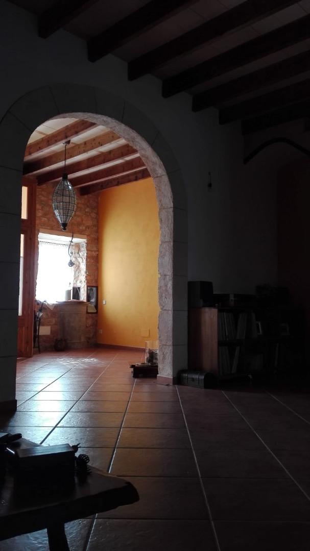 Haus  Binissalem. Casa de pueblo con fachada de piedra en binissalem