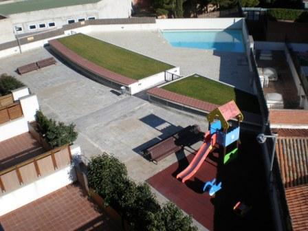 Pis  Av. andorra. Superf. 112 m², útil 70 m²,  3 habitaciones (1 doble,  2 individ