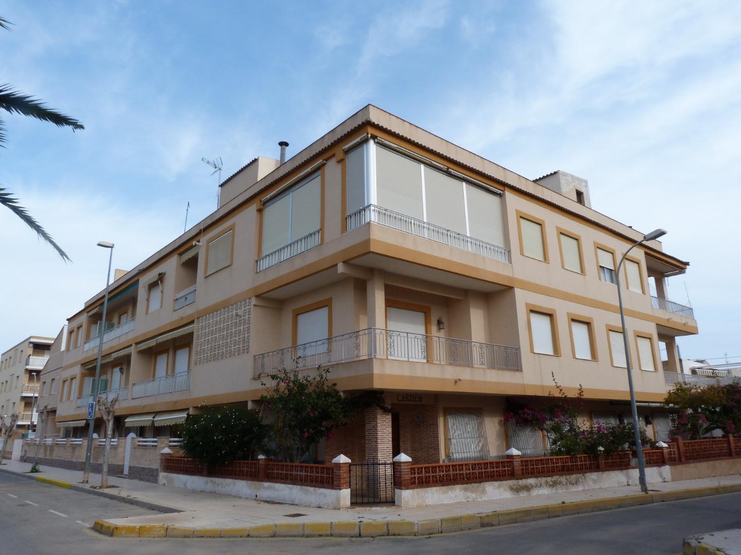 Piso  Avenida levante, 89. Hermoso y luminoso apartamento ubicado a 150 metros de las playa