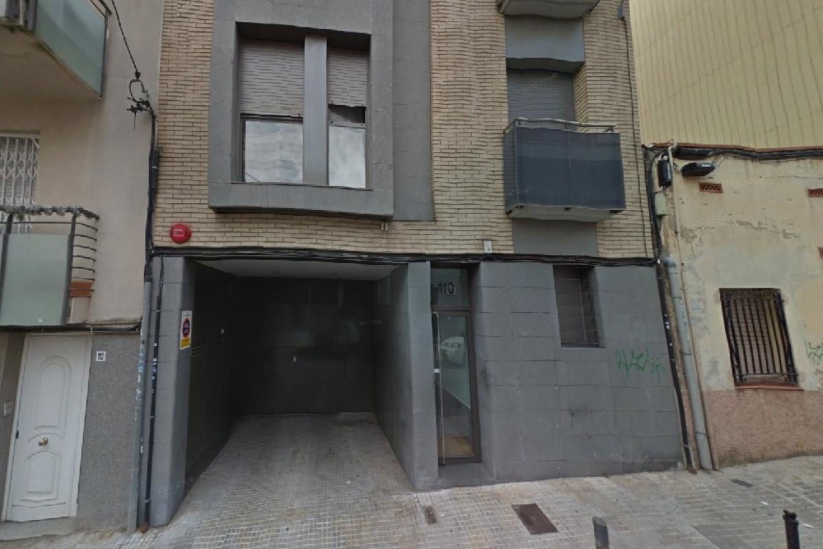 Magazzino  Calle albinyana. Almacã©n en venta en Terrassa, barcelona