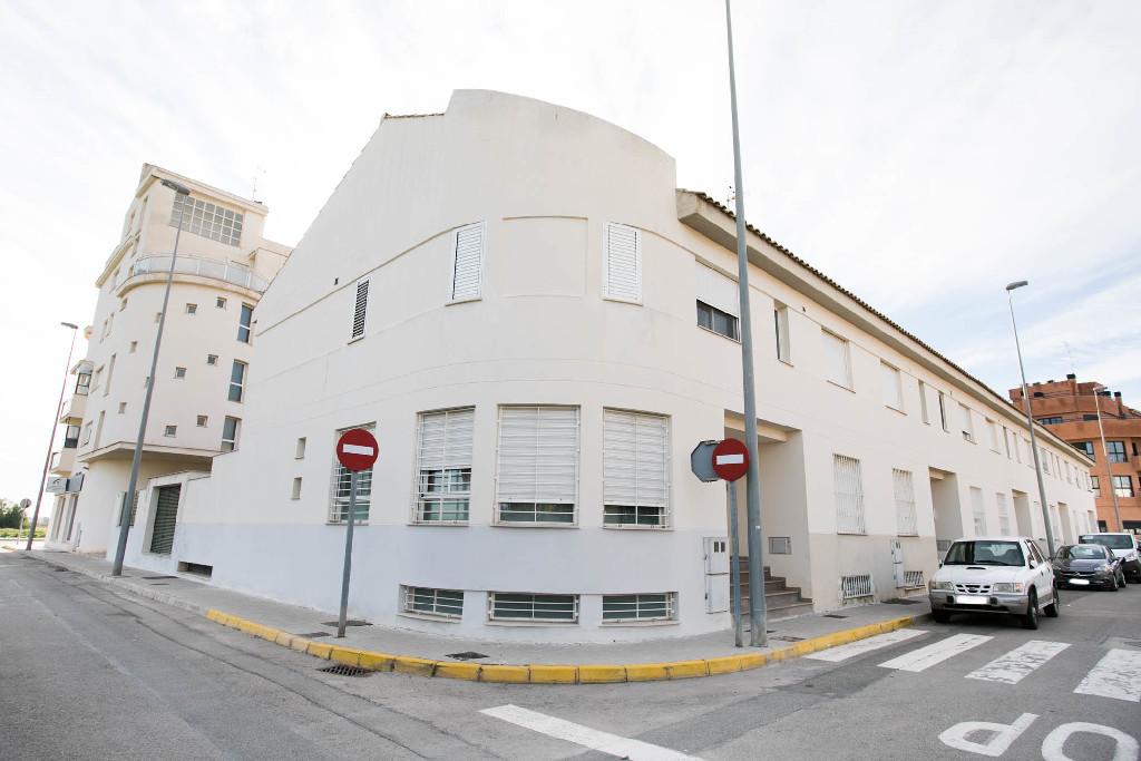 Parking voiture  Calle bascula. Parking coche en venta en massalfassar, valencia