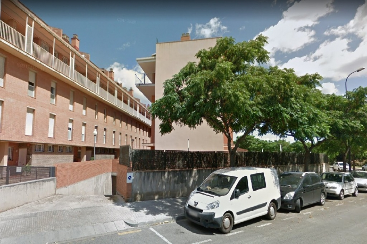 Warehouse  Calle teresa de calcuta. Almacã©n en venta en Reus, tarragona