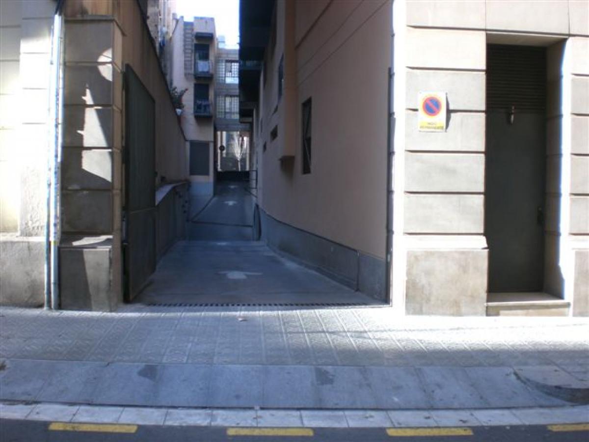 Alquiler Parking coche  Barcelona ,les corts