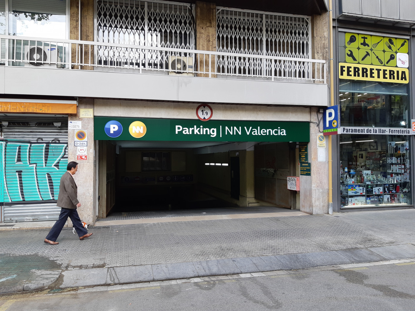Lloguer Magatzem  Calle valencia, 375