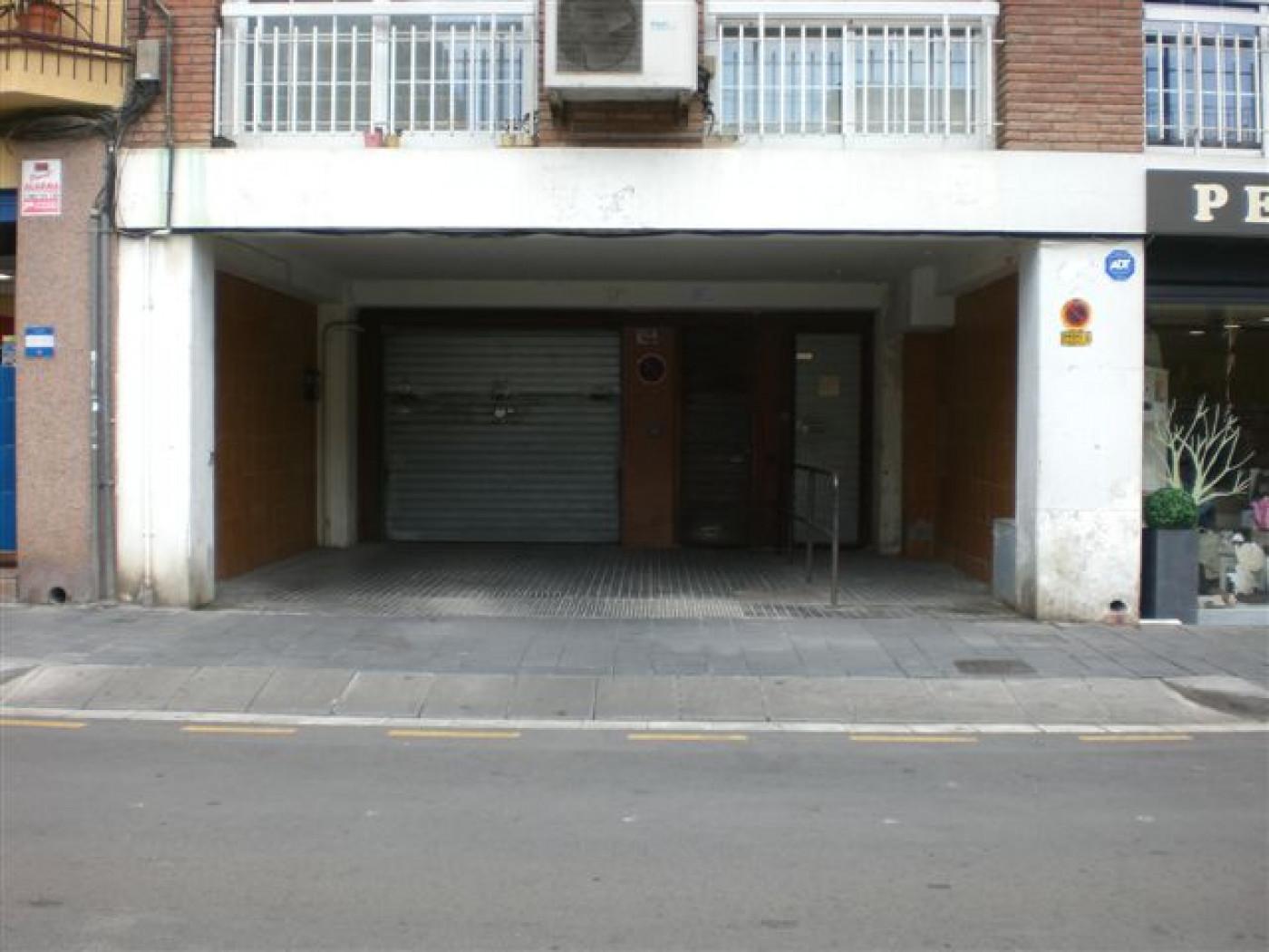 Miete Autoparkplatz  Avenida 300, 20
