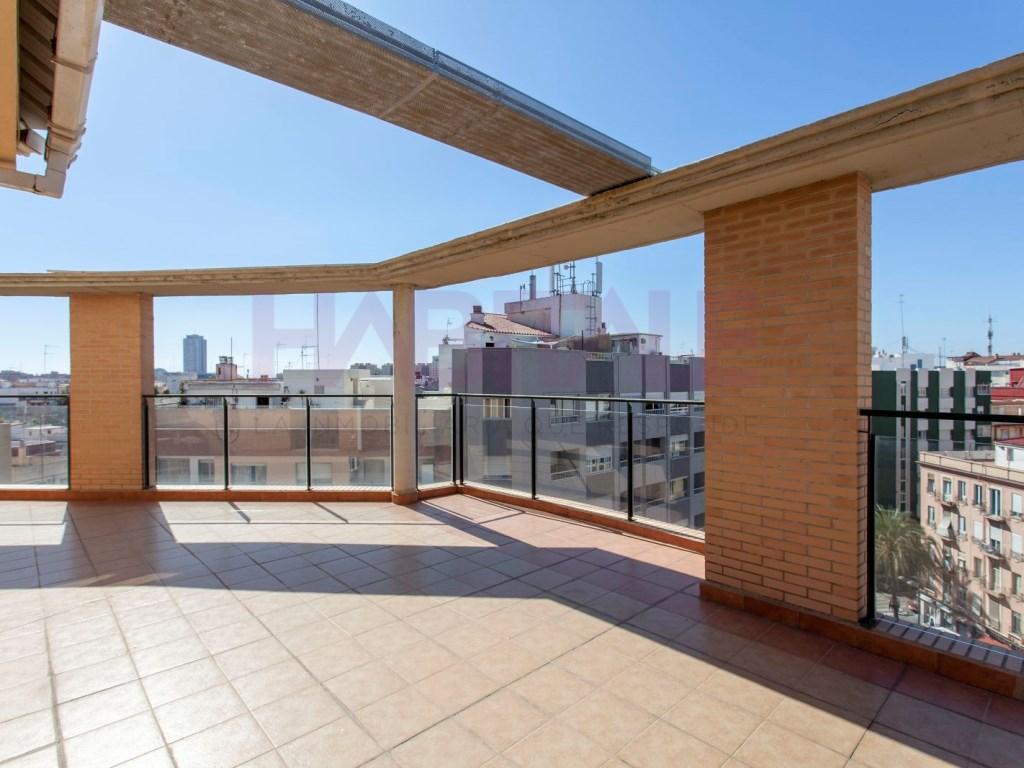Piso  El pla del real, valencia, valencia, españa. Magnífico ático con amplísima terraza. (garaje opcional)
