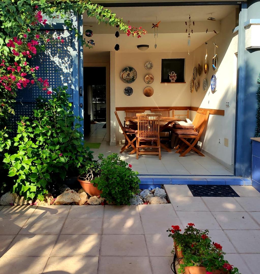 Casa  Calle tramuntana. Chalet adosado independiente en cala de finestrat
