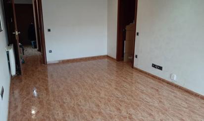Apartament de lloguer a Via Sant Oleguer, Parc Central – Parc d'Europa – La Romànica