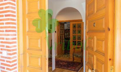 Casa adosada en venta en Urbanización del Castillo, 9, Fuensaldaña