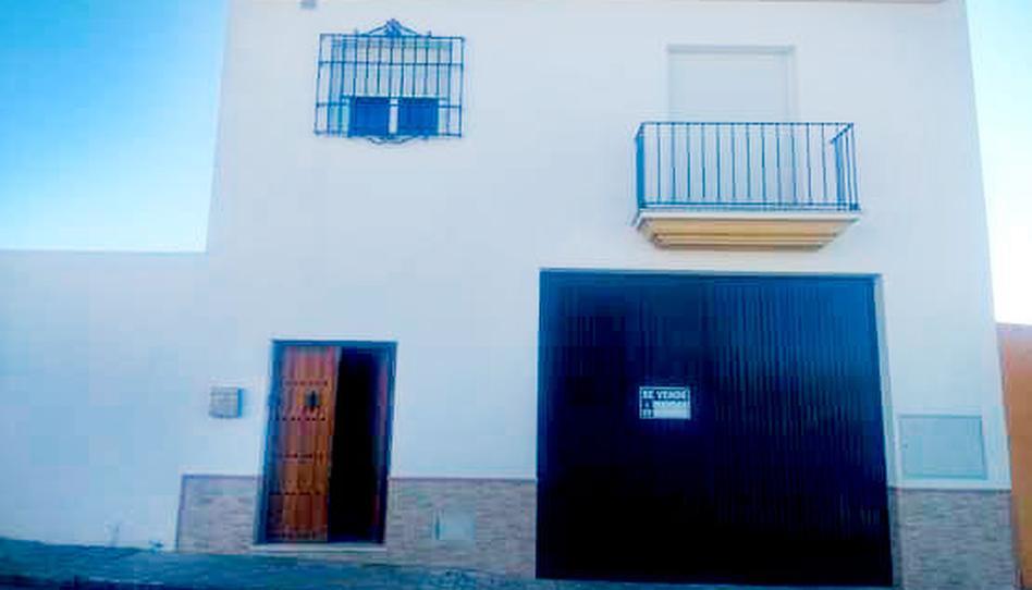 Foto 1 de Piso en venta en Hazas de Arriba Carrión de los Céspedes, Sevilla