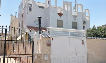 Pisos de alquiler en Zona Carrefour - Urbanizaciones, Torrevieja