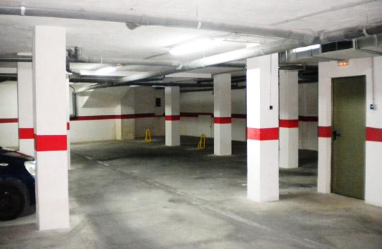 Parking coche  Calle san francisco, 1. Olvídate de malgastar tu tiempo dando vueltas para encontrar un