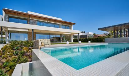 Viviendas y casas en venta en El Paraíso, Benahavís