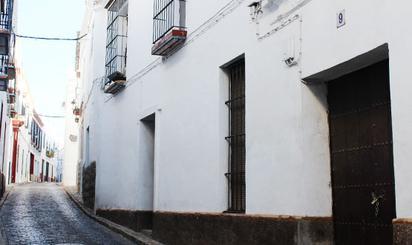 Viviendas y casas en venta en Carmona