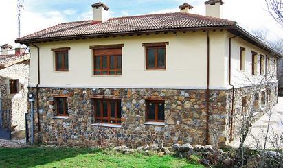 Homes for sale at Velilla del Río Carrión