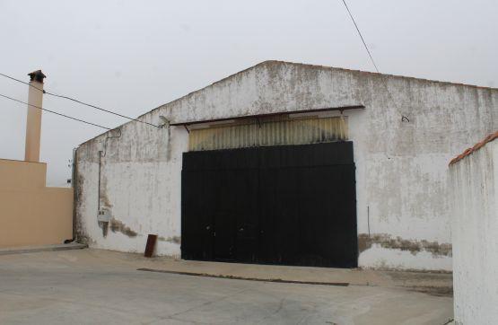 Nau industrial  Calle ortum sancho, 0. Gran oferta de nave industrial en el casar de escalona, toledo.