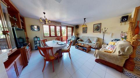 Foto 3 de Casa adosada en venta en Paseo de Maigmona Centro, Alicante
