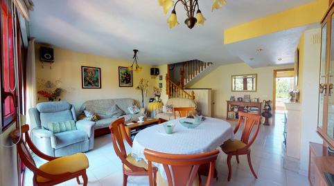 Foto 2 de Casa adosada en venta en Paseo de Maigmona Centro, Alicante