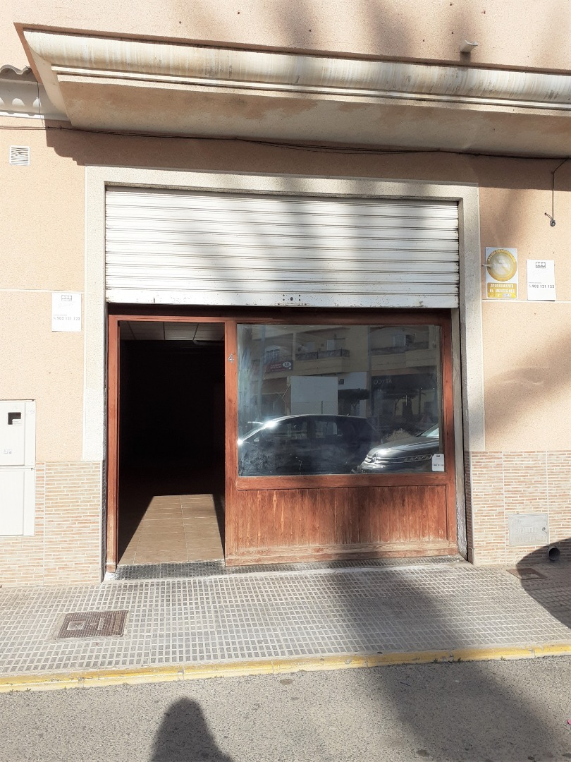 Rent Business premise  Calle nueve de octubre. Local en los montesinos