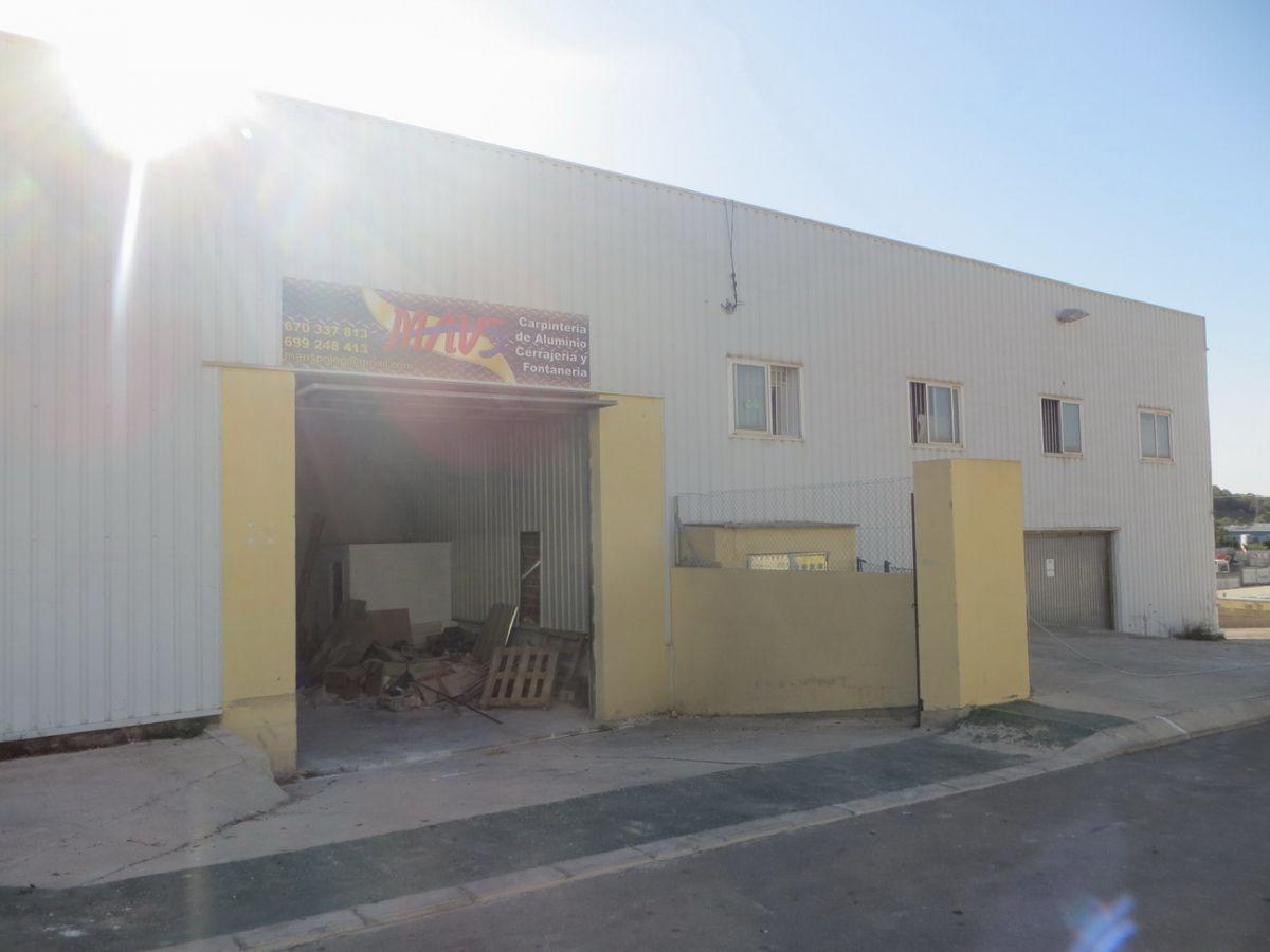 Industrial building  Calle afrodita. Nave ind. en venta en polop, 1 dormitorio.