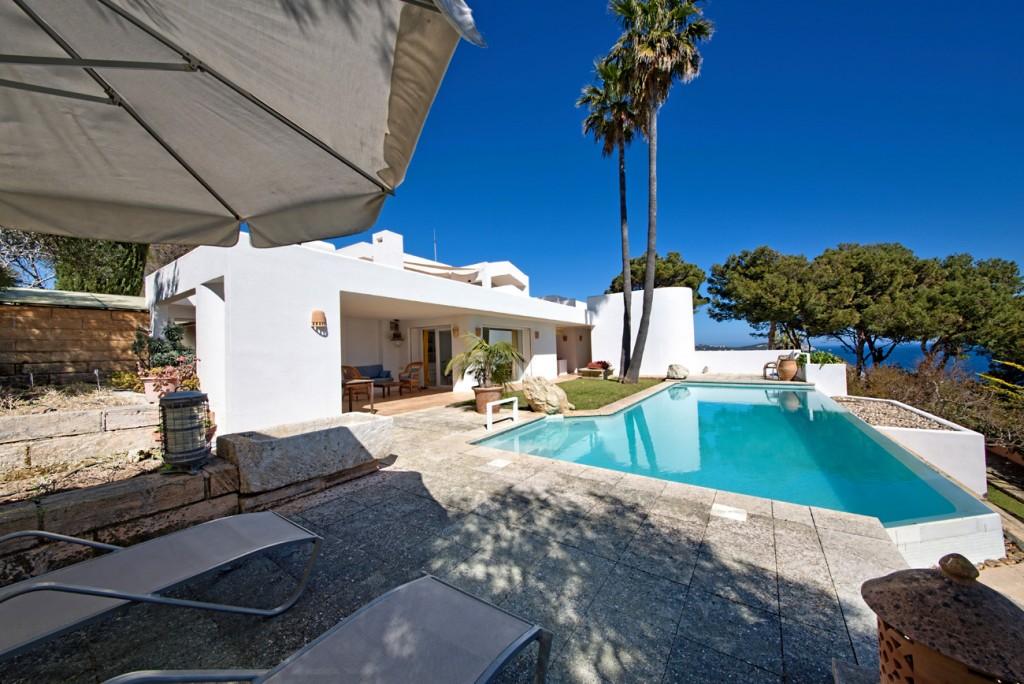 Maison à Capdepera. Elegante villa en cala provenzal en mallorca