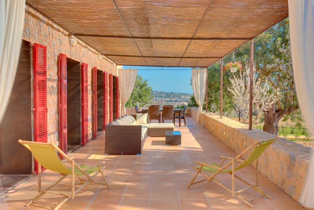 Alquiler Casa en Selva. Nueva finca rústica en pintoresca posición cerca de selva, mallo