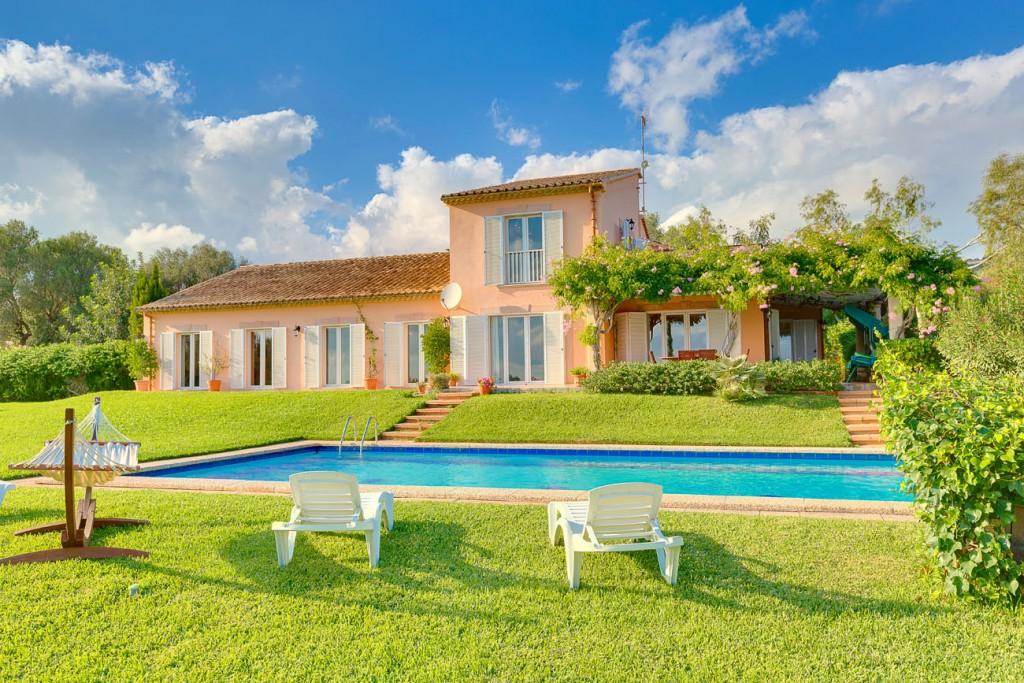 Casa  Puntiró. Preciosa villa con gran jardín cerca de golf en puntiró, mallorc