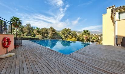 Plantas bajas de alquiler con piscina en España