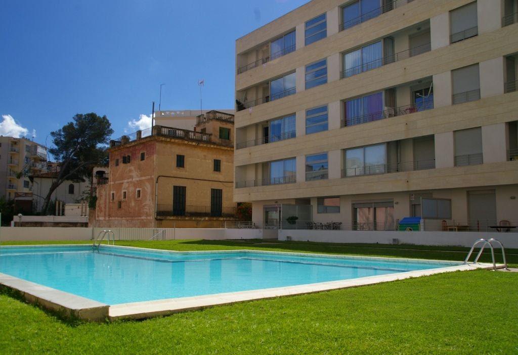 Alquiler Piso  El terreno. Bonito apartamento en alquiler con garaje y piscina en el terren
