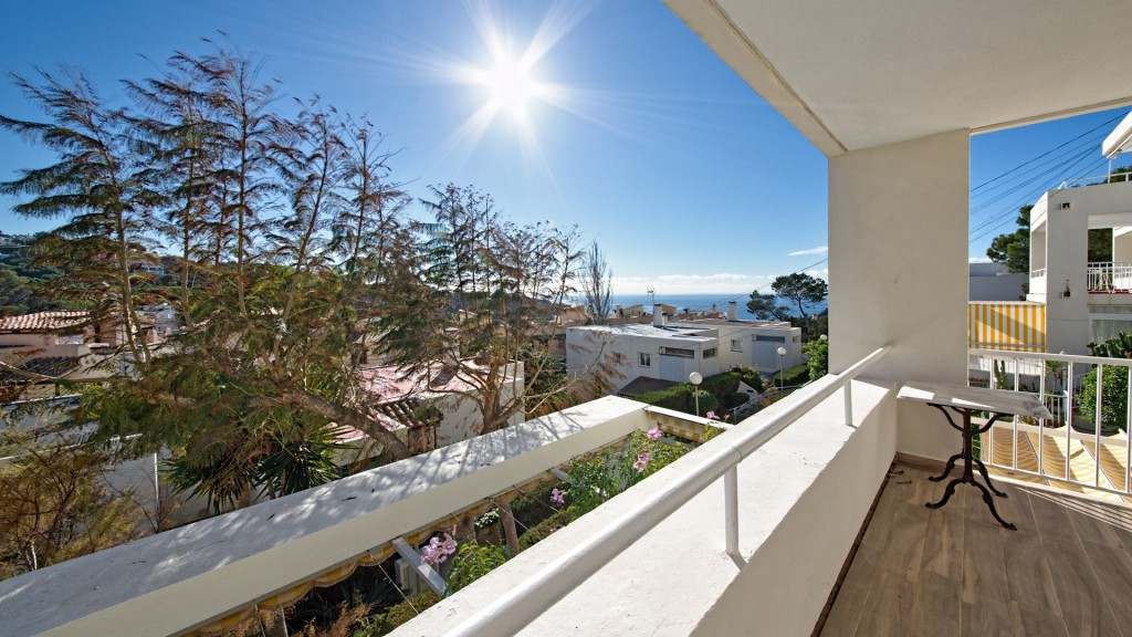 Piso  Santa ponsa. Apartamento con vistas al mar y a la montaña en venta en santa p