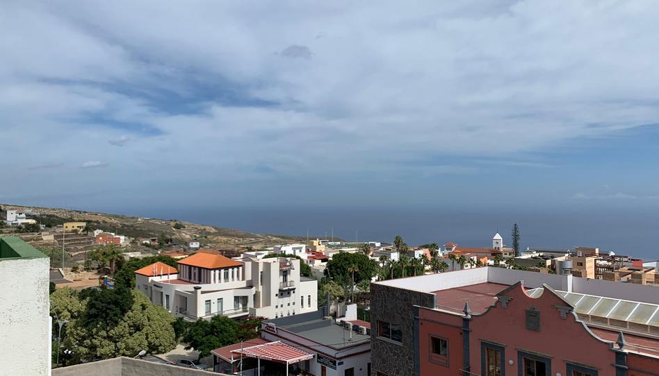 Foto 1 de Piso en venta en Avenida de la Paz Fasnia, Santa Cruz de Tenerife