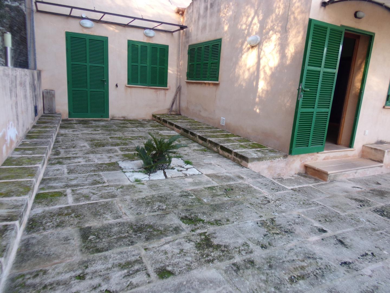 Miete Haus  Ma-3220. Casa en planta baja en el campo