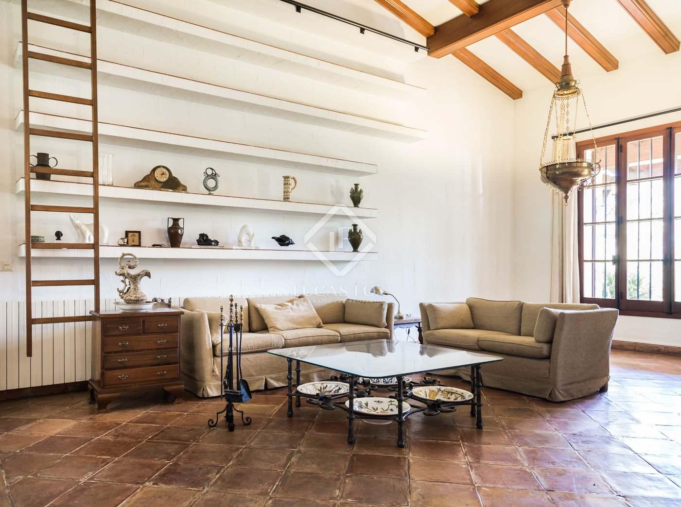 Affitto Casa in Rocafort. Lujo sensorial y arquitectónico en esta idílica villa de estilo