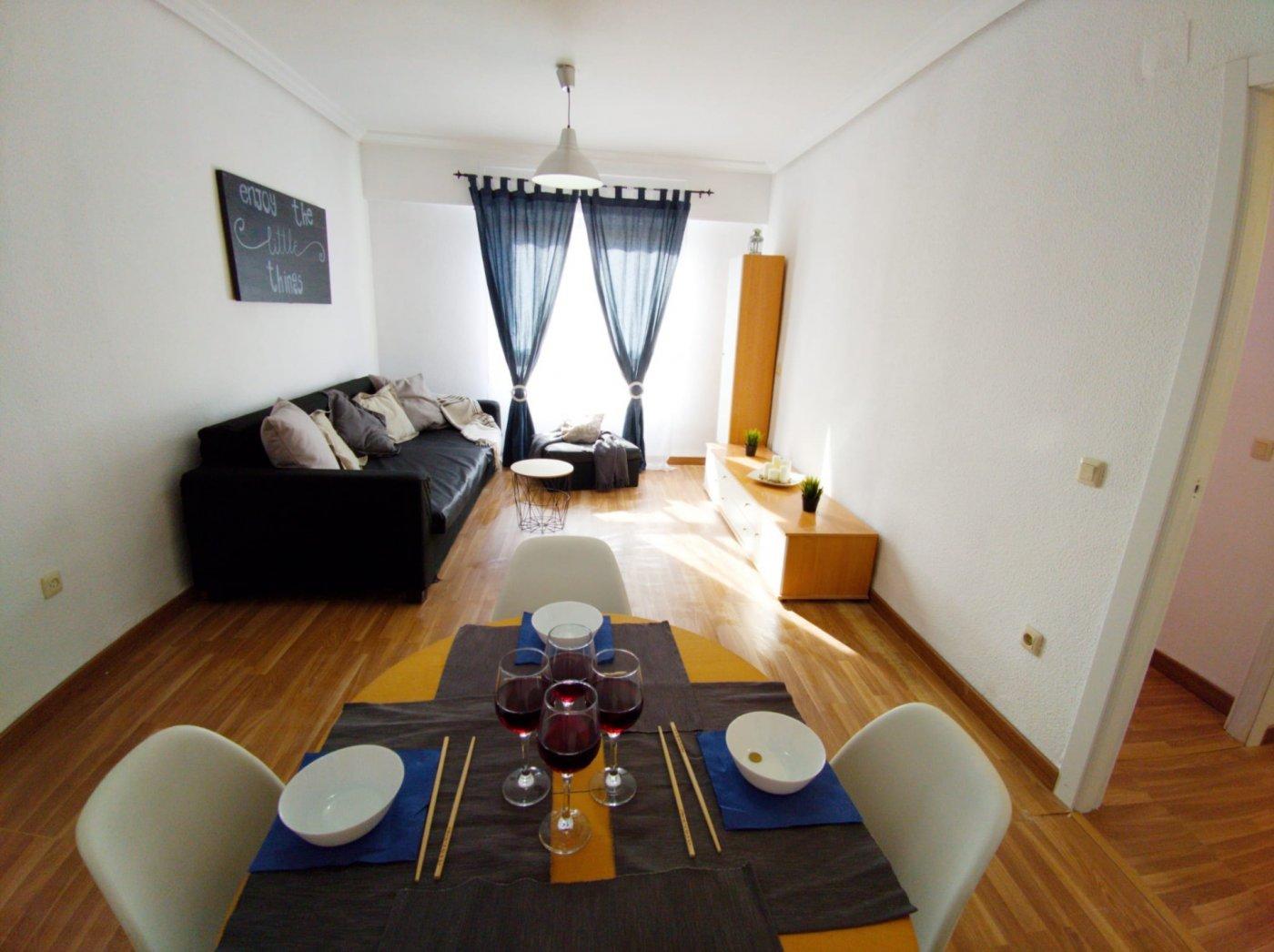 Lloguer Pis  Puçol ,centro. Se alquila apartamento de 2 habitaciones en el pueblo.