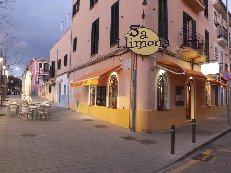 Traspaso Local Comercial  Carrer sant magí, 80. Traspaso restaurante santa catalina - sa llimona (alquiler 1200