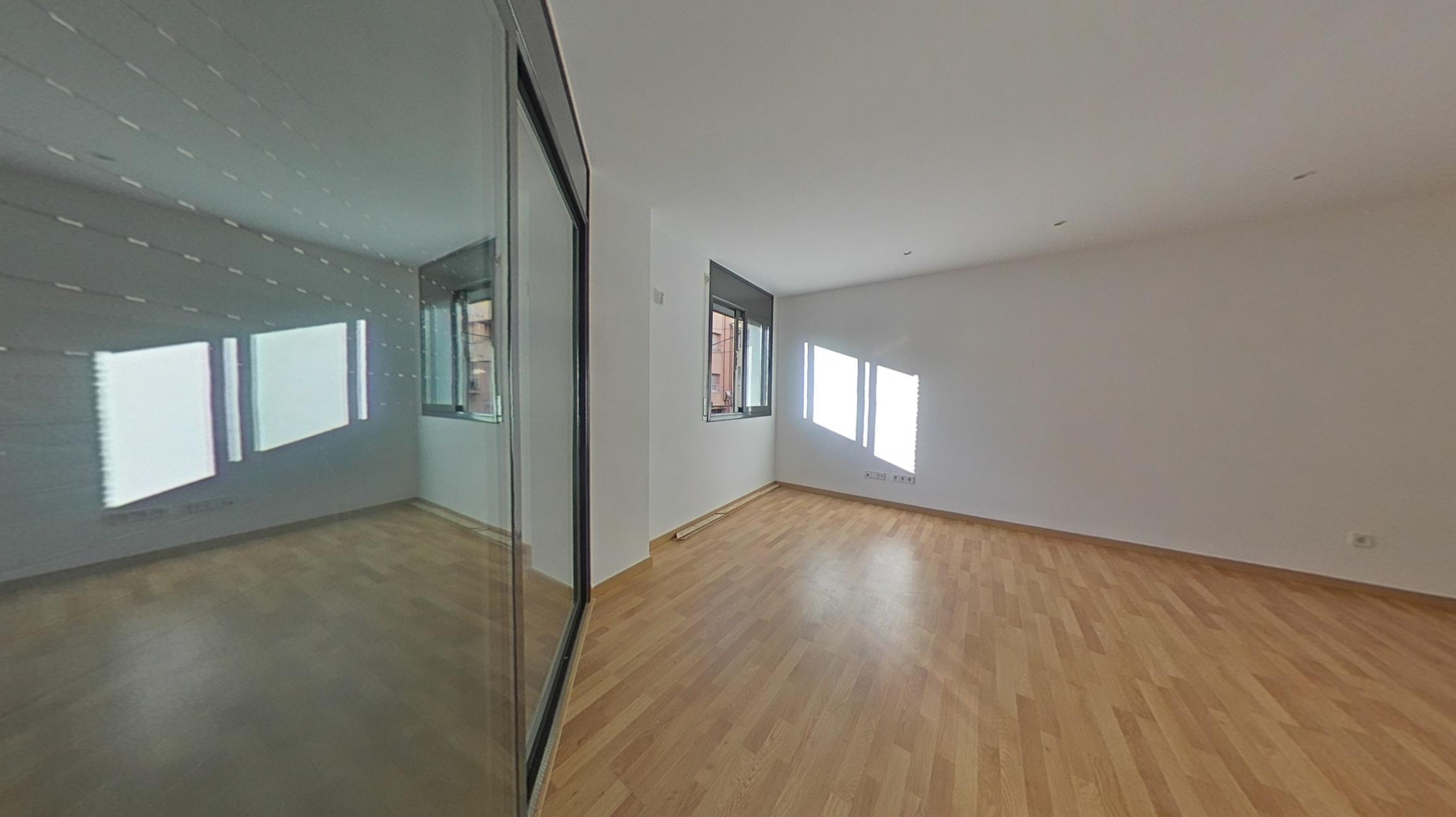 Alquiler Piso  C/ girona. Solvia inmobiliaria - piso terrassa