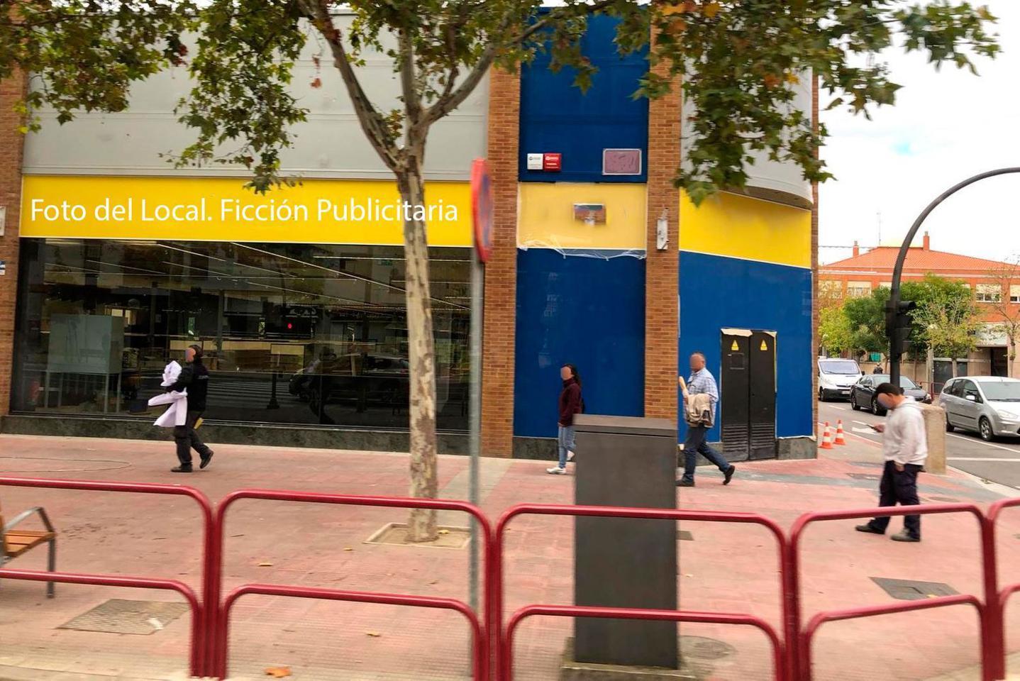 Alquiler Local Comercial  Calle de la palma. Características principales:  -> se trata de una zona donde ex