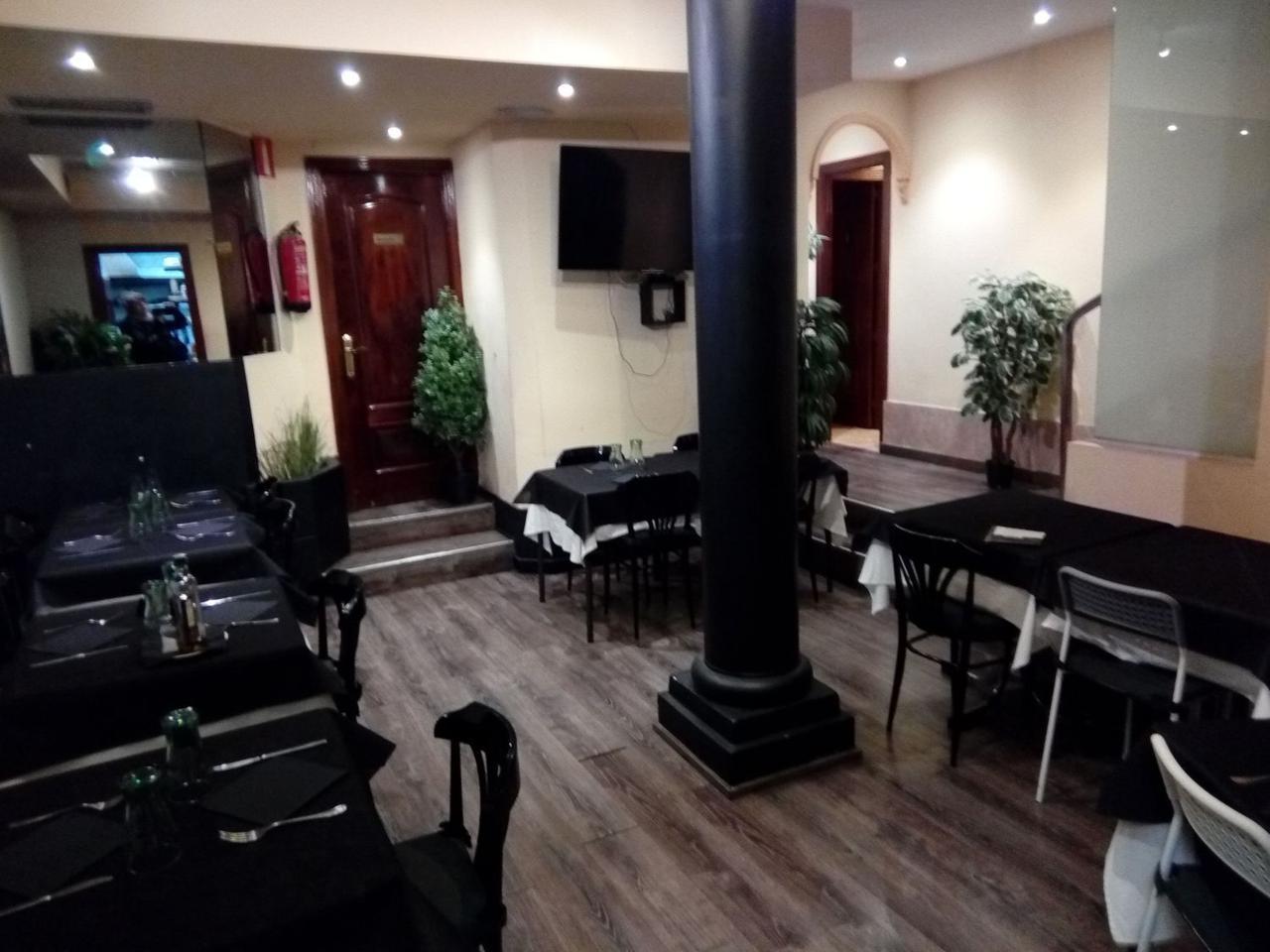 Alquiler Local Comercial  Trafalgar. Bar restaurante, calle principal, alto trafico peatonal , local