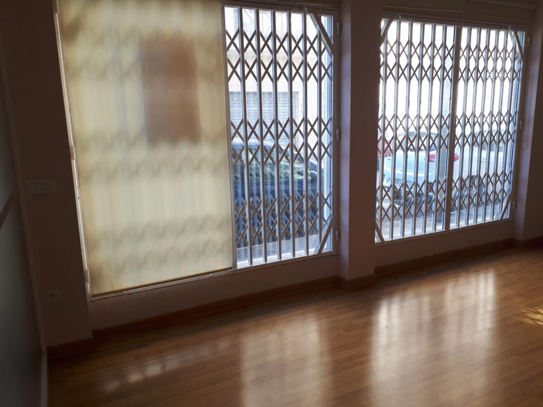 Affitto Locale commerciale  Calle  severo ochoa, s/n. Bonito local comercial acondicionado para oficina ,cadencias etc