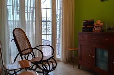 Casa adosada de alquiler con opción a compra en Calle Julio Martínez Sanz, 5, Tomares
